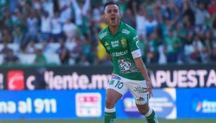 Montes celebra su gol contra Atlas