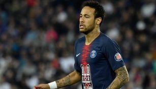 Neymar, durante un cotejo con el PSG