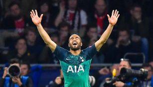 Lucas Moura festeja gol ante el Ajax en las Semis de Champions