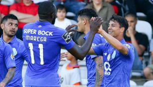 Jugadores del Porto celebra tanto contra Nacional