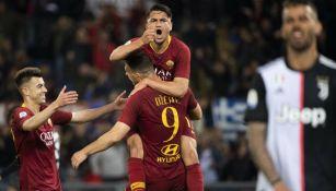 Edin Dzeko festeja gol contra la Juventus