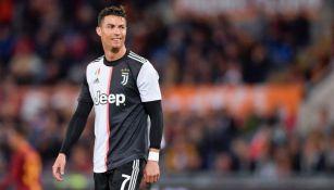 Cristiano Ronaldo sonríe en el juego entre la Roma y la Juventus
