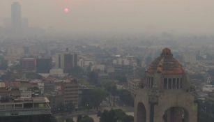 Panorámica de la Ciudad de México contaminada