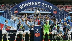 Manchester City celebra haberse convertido en Campeón de FA Cup