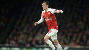 Özil en un partido de Arsenal