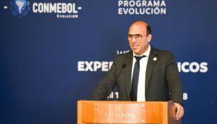 Gonzálo Belloso, durante una conferencia de medios
