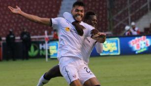 Freire festeja un gol con LDU de Quito