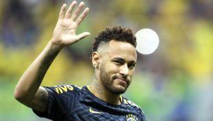 Neymar previo a un partido amistoso contra Qatar