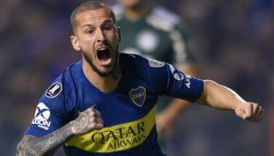 Benedetto en festejo de gol con Boca Juniors
