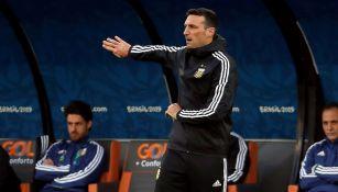 Lionel Scaloni en un partido de Argentina