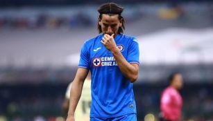 Igor Lichnovsky se lamenta en un juego de Cruz Azul