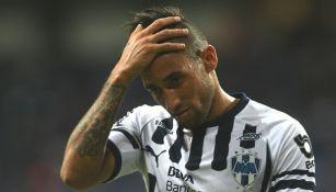 Jonathan Urretaviscaya, en lamento durante un partido