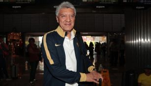 Chucho Ramírez, en el AICM en la salida de Pumas rumbo a Tijuana