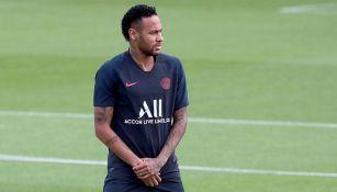 Neymar en un entrenamiento del PSG