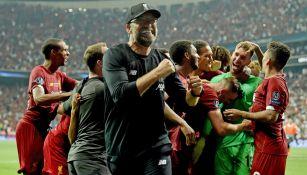 Jürgen Klopp celebra el título del Liverpool