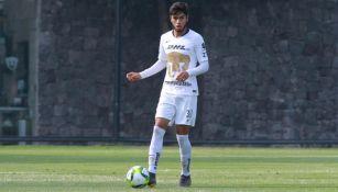 Braulio Ramírez, en un partido de Pumas