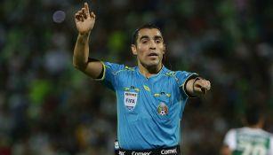 Chiquimarco, en su etapa como árbitro