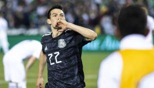 Hirving Lozano celebra un gol con la Selección Mexicana