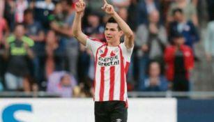 HIrving Lozano celebra uno gol con e PSV