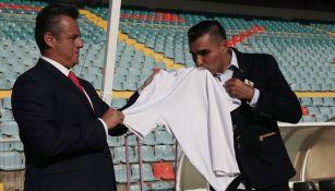 Chiquimarco, al ser presentado como DT de Salamanca