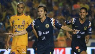 Sebastián Córdova festeja su gol ante Tigres