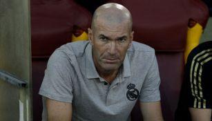 Zinedine Zidane, en un entrenamiento con el Real Madrid