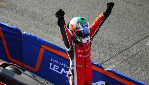 Memo Rojas festeja triunfo