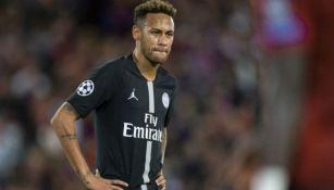 Neymar en acción con PSG