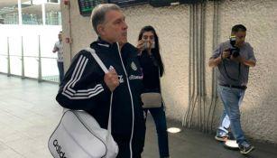 Gerardo Martino en el aeropuerto de ka CDMX