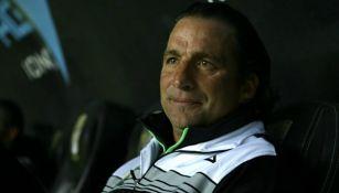 Juan Antonio Pizzi en su etapa como entrenador de Léon