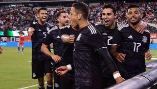 Chicharito celebra su diana contra Estados Unidos