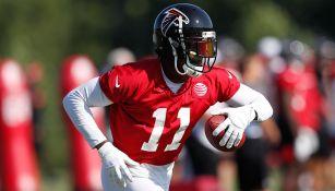 Julio Jones en las prácticas con Atlanta Falcons