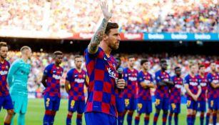 Messi habla ante la afición del Barça en el Camp Nou