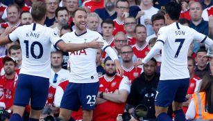 Eriksen celebra un anotación con Tottenham
