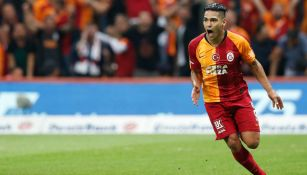 Radamel Falcao en acción con Galatasaray