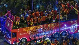 Selección española de basquetbol festeja en las calles de Madrid