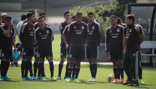 Jugadores del Tricolor, durante el entrenamiento de este martes
