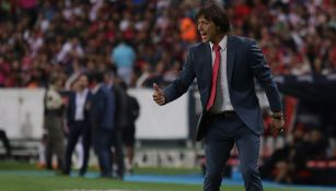 Almeyda da indicaciones en juego de Chivas