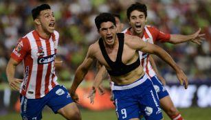 Nicolás Ibáñez festeja el gol del triunfo sobre Juárez