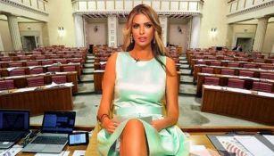 La exmodelo  Ava Karabatic, quien contiende para ser presidenta