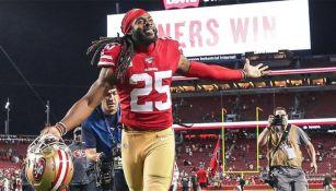 Richard Sherman celebra el triunfo de los 49ers sobre los Browns