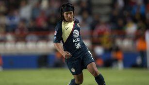 Lucero Cuevas, durante un partido con América