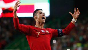 Cristiano Ronaldo celebra una anotación con Portugal