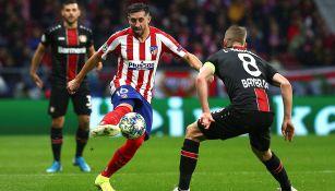 Héctor Herrera, en el partido del Atlético contra Leverkusen
