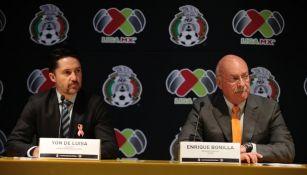Yon de Luisa, presidente de la Federación Mexicana de Futbol y Enrique Bonilla