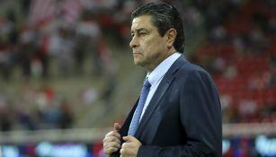 Luis Fernando Tena ve de lejos la posibilidad de clasificar a la Liguilla