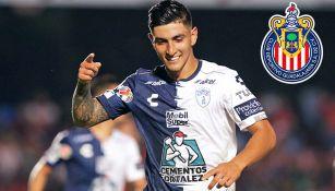 Guzmán festeja un gol con Pachuca
