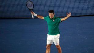 Roger Federer en partido en México
