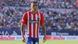Ricardo Centurión en el partido entre San Luis y Pumas
