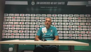 Pérez Padrón, en una conferencia de prensa